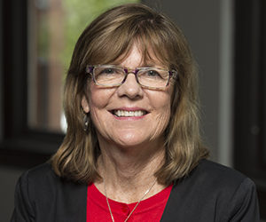 Laurie deBettencourt professional headshot