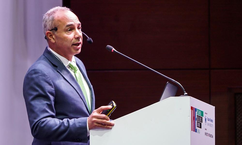 Dean Morphew gives keynote at international education summit