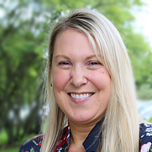 Stephanie Turnbach Portrait