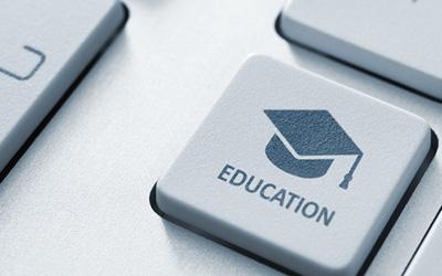 illustration of students studing online
